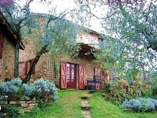 Charming Property On Umbrian/Tuscan Border. 2 bedrooms + 2 bunk beds.