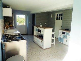 Maison de 150 m2 a 400 metres d'une plage de sable fin.