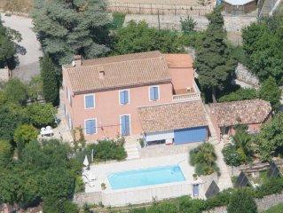 Belle villa Monaco / La Turbie / Nice / Cote d'azur avec piscine