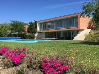 Beautiful Modern House, Private Heated Pool With Bom Sucesso Golf & Lake Views