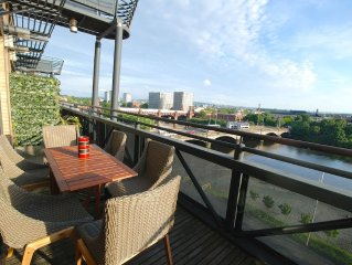 Executive Standard Penthouse Duplex in Glasgow City Centre, Incredible Views