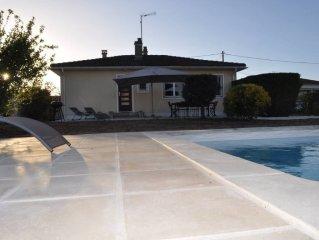 Maison aux belles prestations,  jardin et piscine chauffée entièremen privatifs