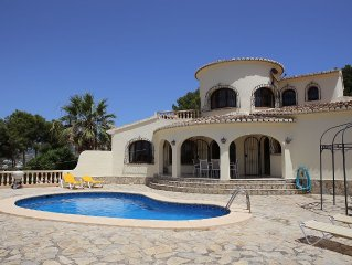 Superb family villa with private pool - stunning sea and mountain views- Air con