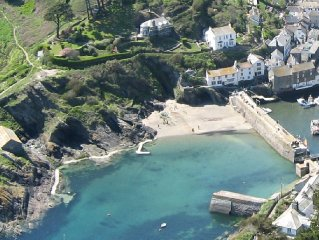 Best of Both Worlds - the cottage by the beach with Polperro on its doorstep