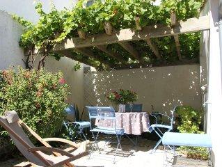 AUMIERE Maison de charme Type 3 tout confort avec terrasse