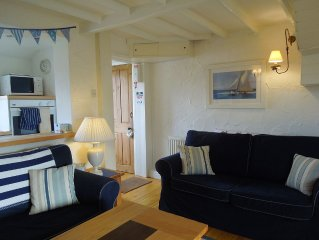 Cottage With Stunning Views Across Whitby Harbour And The North York Moors.