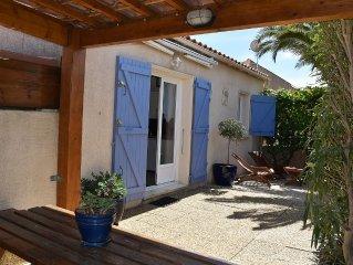 Les Collines du Port-Maison au calme, jardin, climatise et parking privatif.☀️