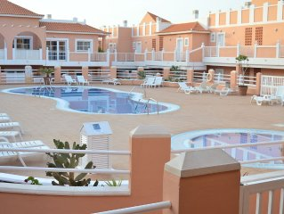 2 bedroomed apartment on the well sought after Esmeralda complex Caleta de