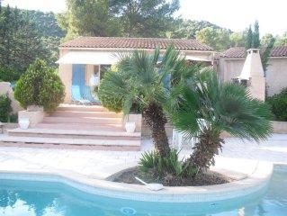 Maison, Villa  avec jardin  de 2000 m2 , piscine   proche de la mer montagne