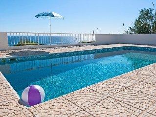 Villa confortable,plage à pied,vue sur mer directe,calme,4+1personnes