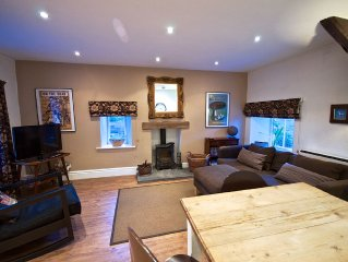 Sedbergh Self Catering Cottage Parking & Garden With Views - WiFi / Dog Friendly