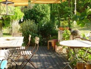 Jolie maision anciène entièrement rénovée avec jardin de 4500 m2 et fôret