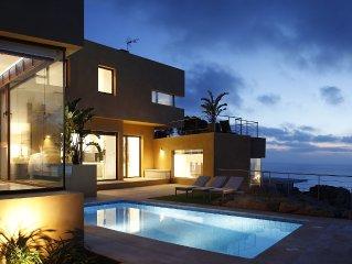Brand New Luxury Villa
