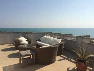 Seafront luxury apartment with roof garden
