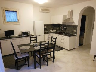 Independent one bedroom apartment for 4 people in
