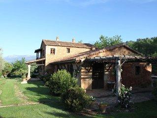 Casa tradicional restaurada con piscina privada y vistas al valle del Tiétar