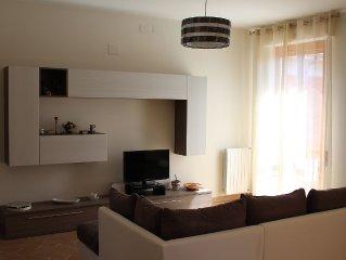Appartamento luminoso, ampio e confortevole 4° e ultimo piano, zona Poetto