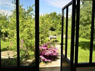 LOCATION  Maison de charme sur ile de Groix avec 2 grands jardins clos