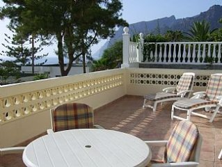 Spacious 3 Bedroomed Apartment with Sea Views