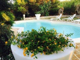 Villa 'Le Pigne' - splendida vista mare, piscina privata, prato e giardino.