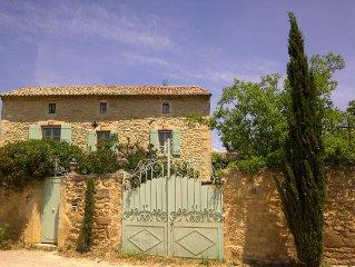 Mas authentique au calme, proche d'Uzes, Nimes et Avignon
