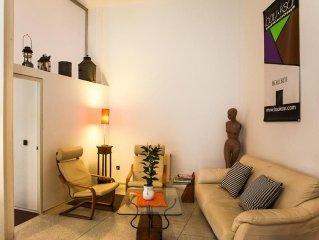Apartamento con  Piscina y Patio privado. Centro Ciudad