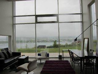A beautiful villa on the mountain slopes of Akureyri