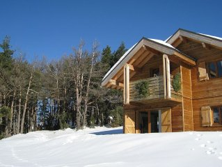 Mountain chalet in French family-friendly, pretty ski resort and stunning views