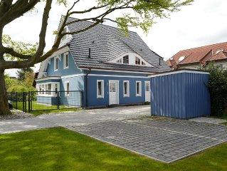 Neue exkl. DHH****, 100 qm, strandnah, Garten, Sauna, Kamin, WLAN, 2 Stellplätze