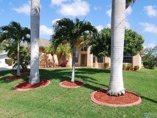 Große Villa mit Pool, Kanal Nähe Yachtclub, nur 15 min zum Golf von Mexiko,