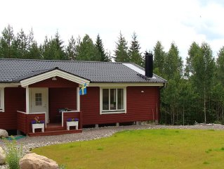 House new construction, quiet location, 150m from the lake, own jetty, boat, ho