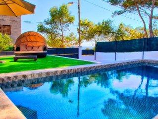 Neues Ferienhaus, Meerblick, priv. Pool, Gratis WLAN, wenige Minuten zum Strand