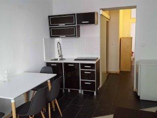 Nice City Apartment Berlin-Weissensee / Prenzlaue