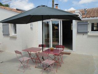 Charmante maison avec terrasse et petit jardin dans un lieu calme et préservé !