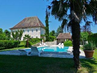 Manoir de luxe 5*, Aix-les-bains, Chambéry, Annecy, piscine, tennis, boulodrome