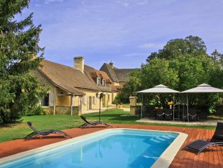 Charming house in Perigord Noir with pool, Spa (Jacuzzi, massage room)