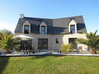 Villa moderne tout confort classee 4**** avec Jacuzzi, billard, plage (400m)