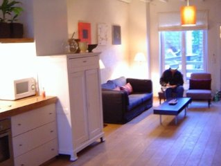 Apartment in central Bruges total 100m2 two parts