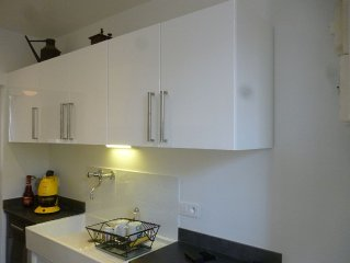 Quiet Studio rental with views of La Defense