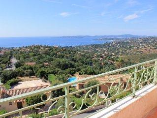 Studio tout confort pour 4 personnes avec vue sur le golfe de St Tropez