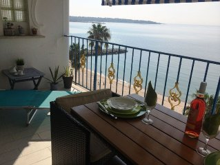 Juan les Pins. Facing Sea Exceptional location 4p