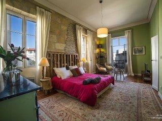 BORDEAUX – Très bel appartement triangle d'or Bordelais– prestations de qualité