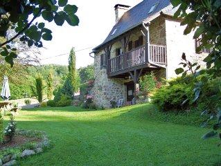 maison 2 chambres + studio en rez de jardin + jaccuzzi en location globale