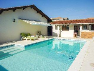 Villa, piscine privée, 6 personnes, 2 chambres, proche golf du Phare de Biarritz