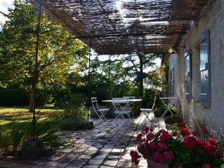 Renovated Quercy stone. Privacy. Heated private swimming pool.