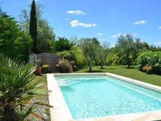 Jolie villa  avec piscine privative chauffée proche Isle s/Sorgue