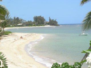 Beach Front Bungalow - 'HALE LE'A LE'A -'The House of Great Pleasure'