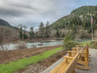 Beautiful Fishing, Hunting, Horse riding Lodge right off the Wilson in Tillamook