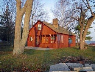 Waterfront Swedish-style Log Cabin on Sand Bay, Door County - Moonlight Magic