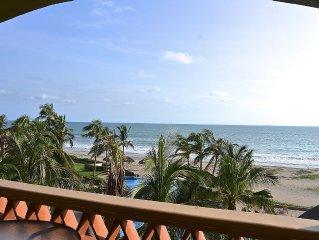 2 Bed/2 bath Penthouse EDM Golf & Beach Resort 58 yards to 3.5 mile beach